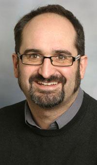 Dr Alun Hughes