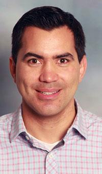 Dr Javier Tello