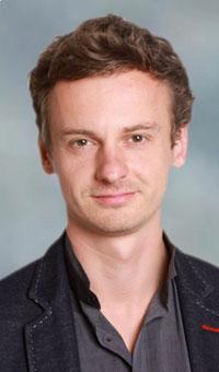 Dr Maciej Antkowiak